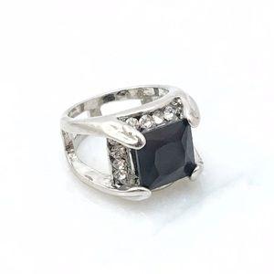 Jewelry - Square Black Gemstone Ring Sz 6